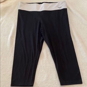 Pink Victoria's Secret Capri yoga pants size large